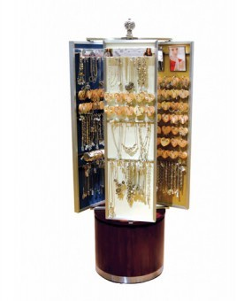Brighton Spinning jewelry display