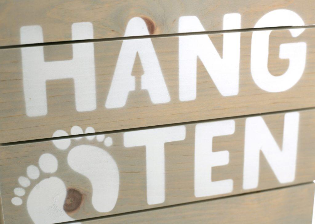 HANG TEN retail display design