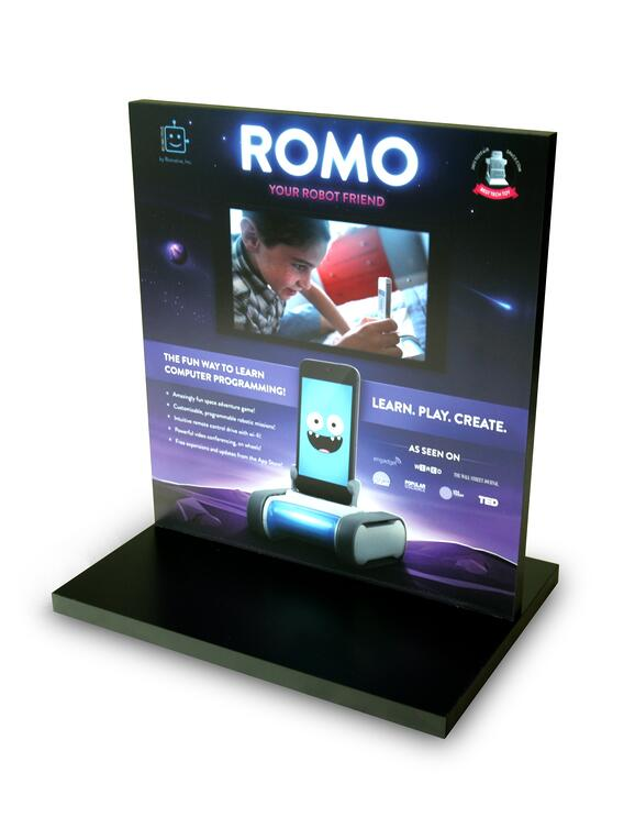 ROMO T STAND Point of purchase design