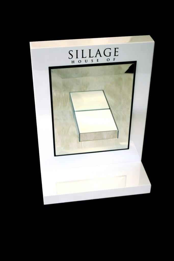 SILLAGE custom POP display