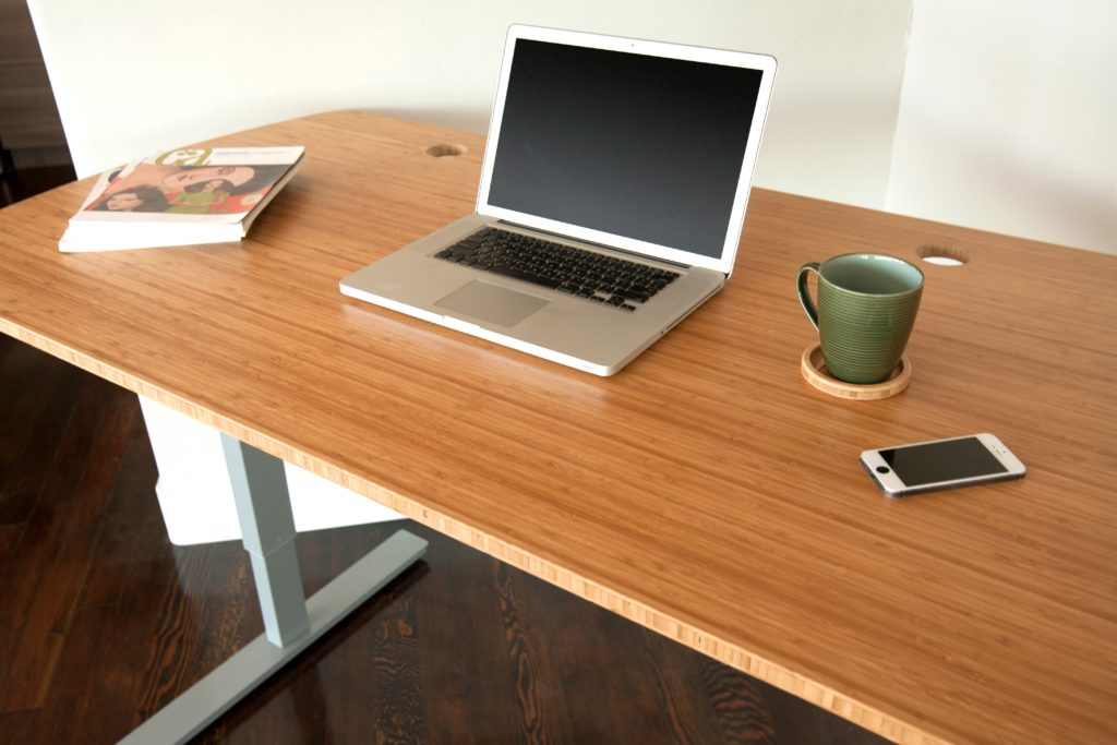 STANDING-DESK-CARBON-BAMBOO-CLOSE2_copy.jpg