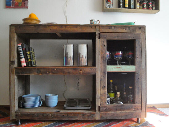 reclaimed-wood-cabinet-display