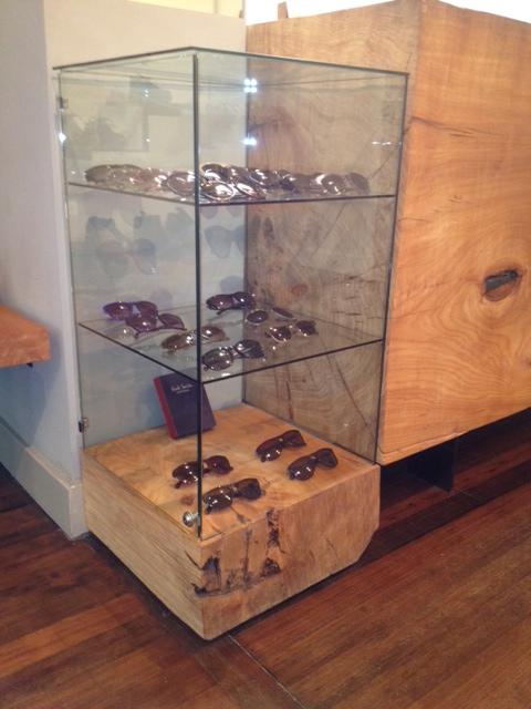 wood-glass-sunglass-display-case